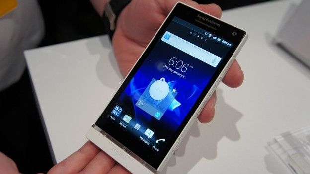 xl_Sony_Xperia_S_hands_on1