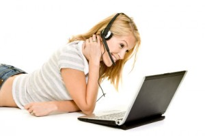 How Making Phone Calls Over The Internet Makes It Easy For You To Manage Your Business