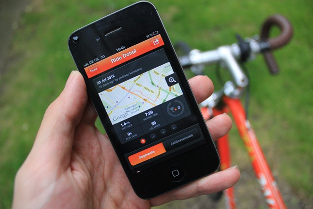 Essential Smartphone Kit For Cyclists