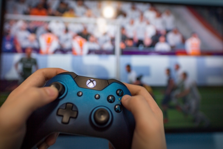 Best Xbox One Headsets 2020: Superb Headphones Tested For Party Chat and Gaming